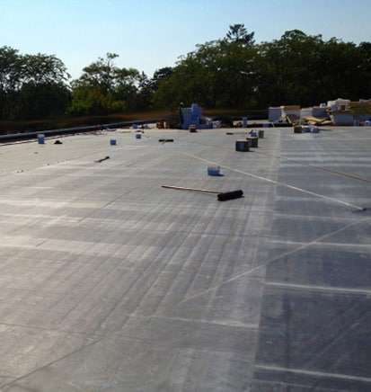 Flat roofing contractor