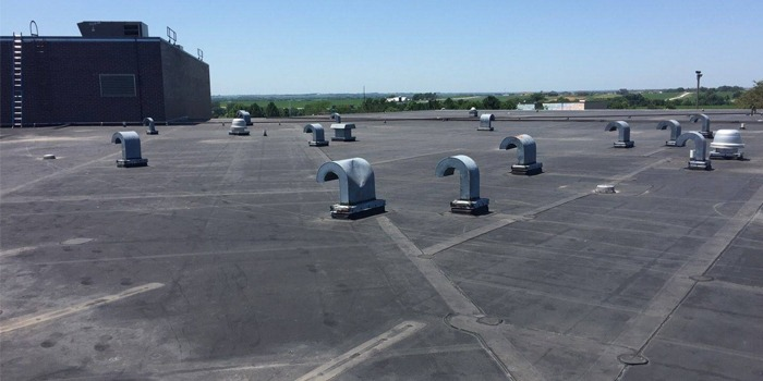 Commercial flat roof maintenance