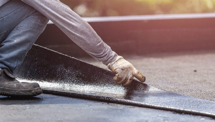 Flat roofing material